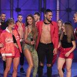 Eleni Foureira y Paula Vázquez junto a los concursantes de 'Fama a bailar'
