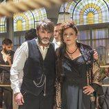 Fernando Tejero y Estefanía de los Santos actúan en la serie 'El Continental'