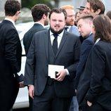 John Bradley en la boda de Kit Harington y Rose Leslie