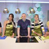 Alba Carrillo, Lucía Pariente, Noemí Salazar y su madre en 'Mi madre cocina mejor que la tuya'