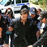 Erdogan es arrestado por la policía en los últimos episodios de 'Fatmagül'