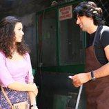 Fatmagül y Kerim mantienen una conversación en la recta final de 'Fatmagül'