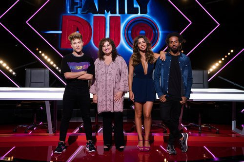Los cuatro miembros del jurado del talent show de À Punt, 'Family duo'