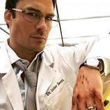 Ian Somerhalder es el Dr. Luther Swann en 'V-Wars'