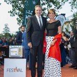 Emilio Aragón y Aruca Fernández-Vega, en la alfombra naranja del FesTVal 2018
