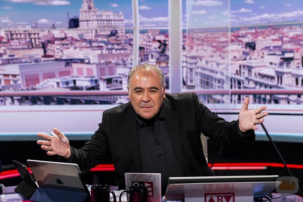 Antonio García Ferreras posa en el nuevo plató de 'Al rojo vivo' en laSexta