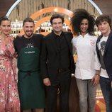 Ketty y Javi Estévez con el jurado de 'MasterChef Celebrity 3'
