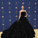 Angela Sarafyan en la alfombra roja de los Emmy 2018