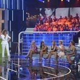 Sandra Barneda junto a los colaboradores de 'GH VIP: El debate'