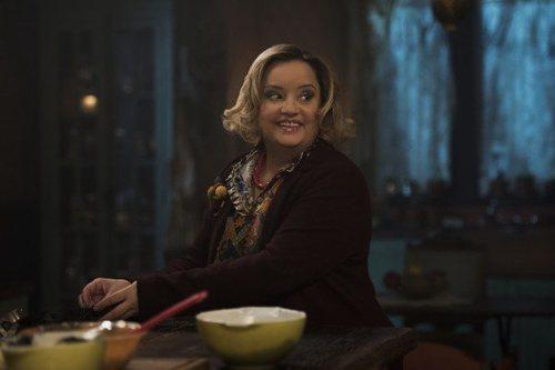 Lucy Davis en 'Las escalofriantes aventuras de Sabrina'