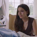 Claudia Traisac durante el rodaje de 'Vivir sin permiso'