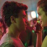 Samuel y Marina en una fiesta en la primera temporada de 'Élite'