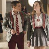 Christian y Clara en los pasillos del instituto en la primera temporada de 'Élite'
