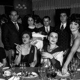 Una de las fiestas de Ava Gardner en la primera temporada de 'Arde Madrid'