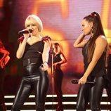Alba y Noelia en su actuación de la Gala 1 de 'OT 2018'