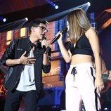 Sabela y Alfonso en su actuación de la Gala 1 de 'OT 2018'