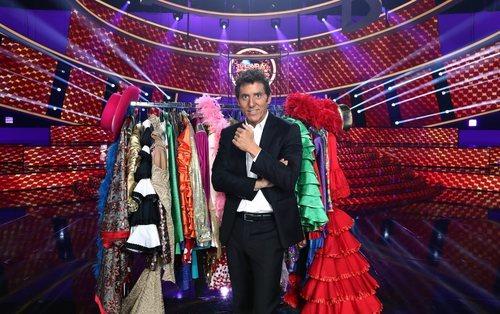 Manel Fuentes posa como presentador de 'Tu cara me suena 7'