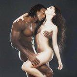 Beatriz Luengo posa desnuda junto con su pareja Yotuel