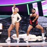 José Corbacho y Silvia Abril imitando a Jirafa Rey y LaPili en la Gala 3 de 'Tu cara me suena 7'