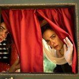 Cecilia Gómez y Patricia López Arnaiz en la segunda temporada de 'La peste'