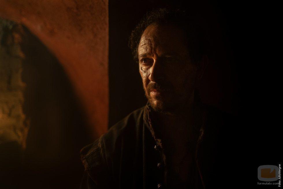 Luis Callejo es Conrado en la segunda temporada de 'La peste'