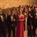 Personajes de 'Élite' en una fiesta de la primera temporada