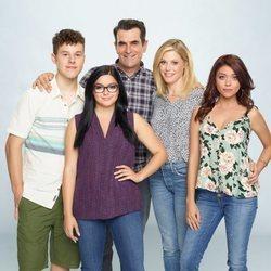 La familia Dunphy posa para la décima temporada de 'Modern Family'