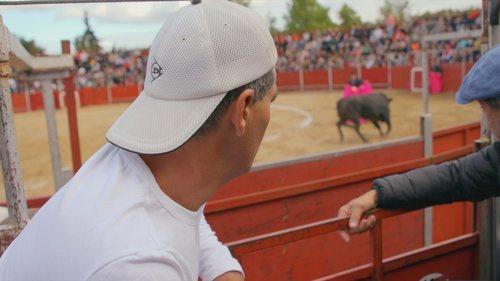 Frank Cuesta asiste a una corrida de toros