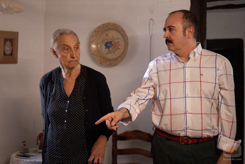 Carlos Areces y Emilia Ortiz en 'El pueblo'