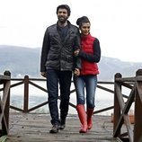 Ömer y Elif de vacaciones en 'Amor de contrabando'