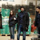Ömer y su equipo en 'Amor de contrabando'