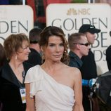 Sandra Bullock a su paso por la alfombra roja de los Globos de Oro 2009