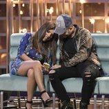 Chabelita Pantoja junto a Omar Montes riendo en la gala 6 de 'GH VIP 6'