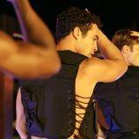 Hugo haciendo de stripper en 'Toy Boy'