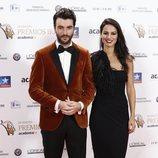 Javier Rey y Jana Pérez posan en los Premios Iris 2018