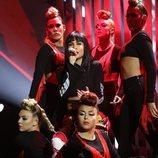 Natalia actúa junto a las bailarinas de 'OT 2018' en la Gala 5