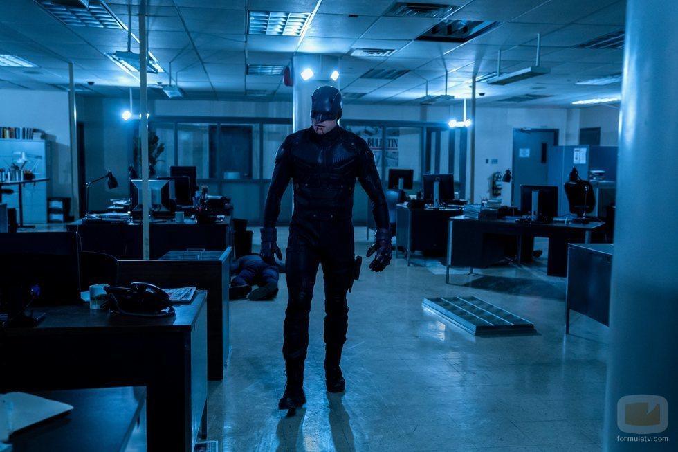 Wilson Bethel se enfunda el traje en la tercera temporada de 'Daredevil'