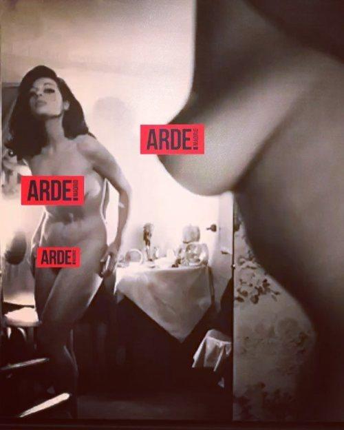 Debi Mazar se desnuda por el estreno de 'Arde Madrid'