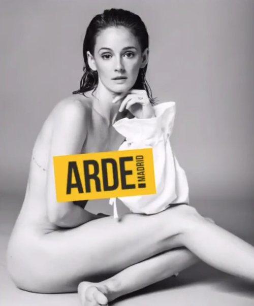 El desnudo de Ana Polvorosa por el estreno de 'Arde Madrid'