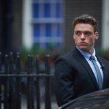 Richard Madden es un agente de seguridad en 'Bodyguard'