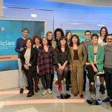 Foto de grupo del equipo de 'La 2 Noticias'