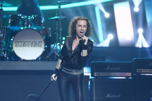 Soraya Arnelas en su actuación de la Gala 7 de 'Tu cara me suena'