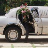 Un novio aparece en limusina en 'Cuatro Weddings'
