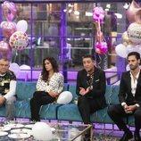 Koala, Miriam, Ángel Garó y Asraf sentados en el sofá en la Gala 9 de 'GH VIP 6'
