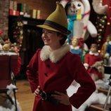 Susie disfrazada de elfo en el especial navideño de 'Las escalofriantes aventuras de Sabrina'
