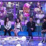 Chabelita con los concursantes en el salón la Gala 9 de 'GH VIP 6'