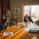 Carlos en una reunión de trabajo en la agencia en la 19ª temporada de 'Cuéntame cómo pasó'