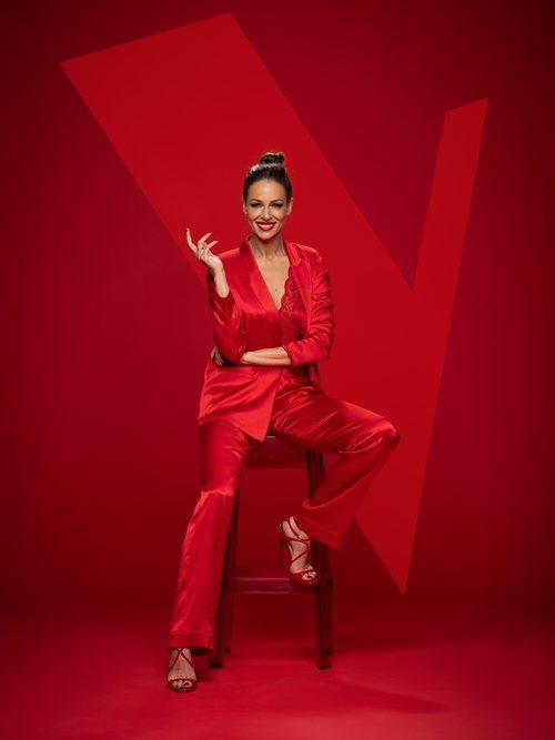 Eva González posa como presentadora de 'La Voz' en Antena 3