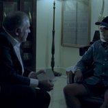 Antonio Gª Ferreras entrevista a un narco en 'Estrecho'
