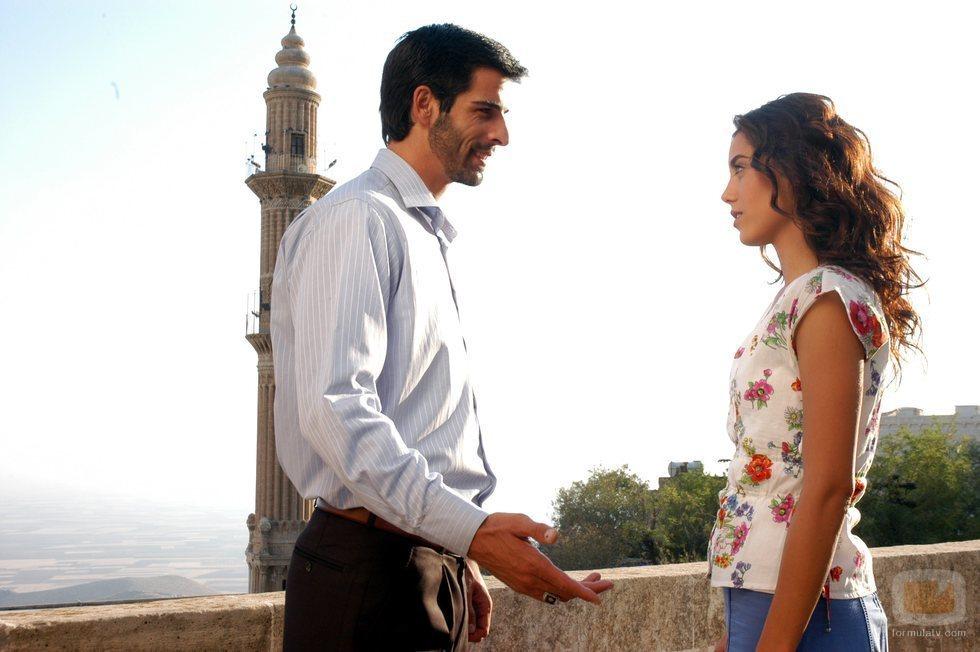 Protagonistas de 'Sila', la telenovela turca que llega a Nova